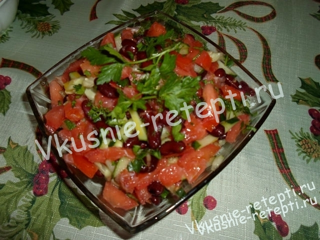 Салат с фасолью «Вулкан» фото