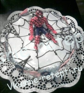 сгущенный детский торт человек паук с черносливом