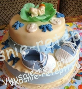 детский торт на крестины  с вишней