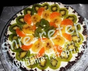 вкусный шоколадный фруктовый торт, фото