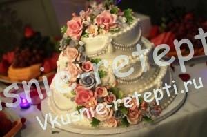 Оригинальный и необычный свадебный торт с персиками, Оригинальные свадебные торты