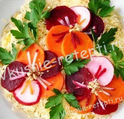 Салатсалат с сыром Анютины глазки, фото