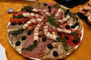 Мясная тарелка с фото