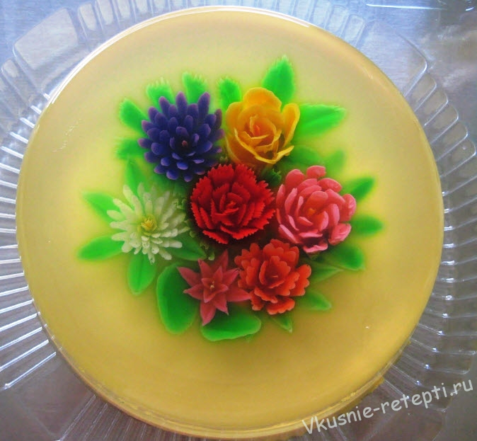 Желейный торт с цветами внутри