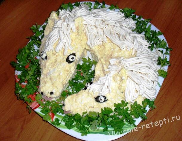 салат с сыром и чесноком фото