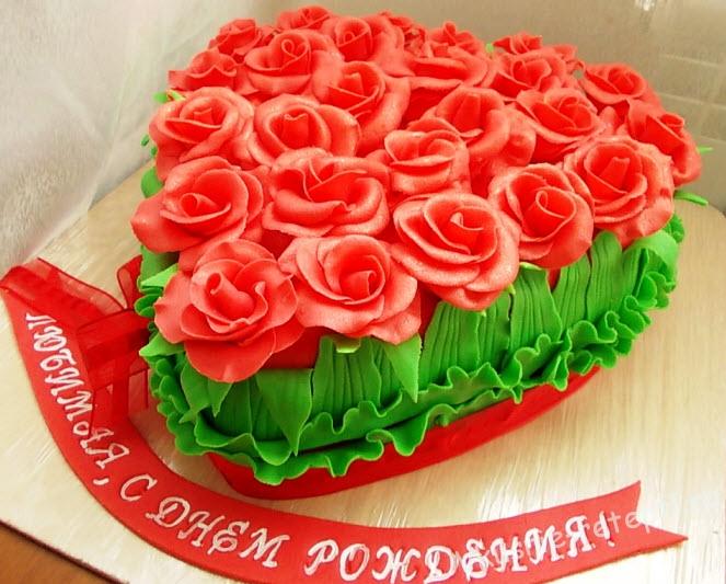 Торт букет роз из мастики