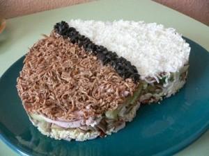Салат с куриной грудкой и грибами