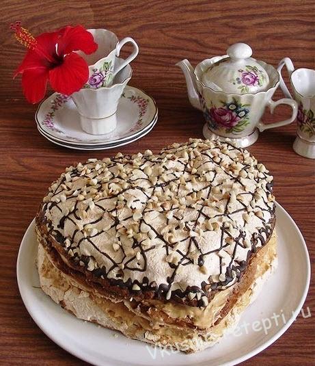 торт с безе и бисквитом фото