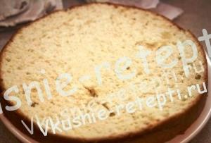 Человек паук - торт из мастики домашнего приготовления с орехами