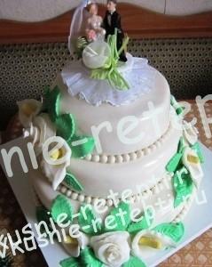 торт свадебный  с киви