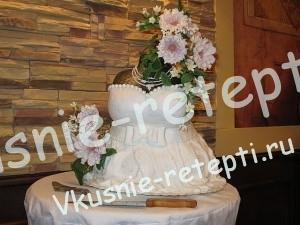 Сметанный свадебный торт, Необычные торты на свадьбу