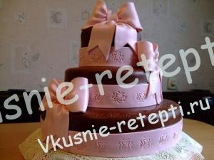 Красивый свадебный торт пень