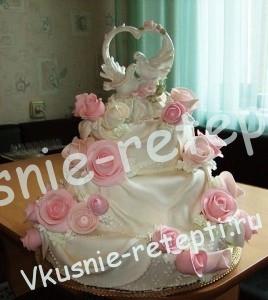 Миндальный свадебный торт из мастики с шоколадным кремом