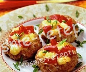 Оригинальная  закуска Гнездышки с сыром и помидором, фото