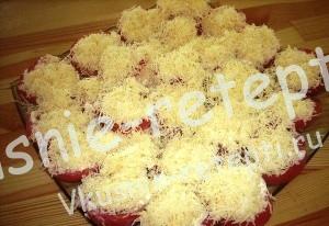 Холодная закуска к пиву помидоры с сыром и чесноком, фото