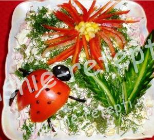 Куриный салат Лето