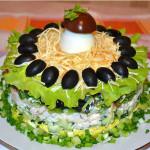 салат из кальмаров с яйцом фото