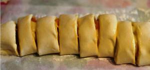 булочки из слоеного теста рецепт с фото